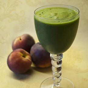 Peach green smoothie